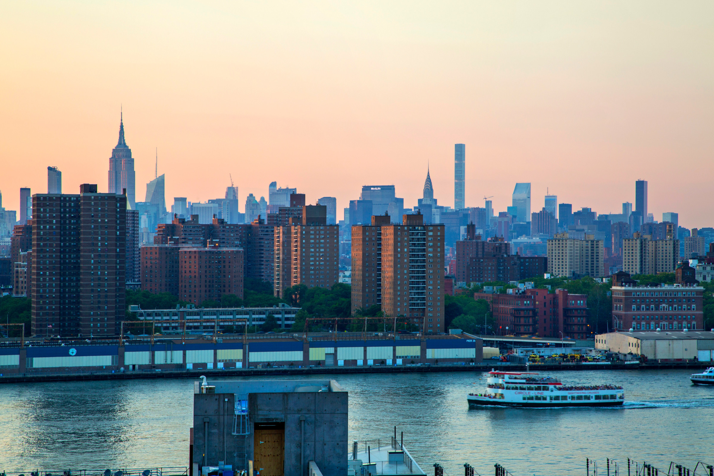 Rooftop views: Manhattan skyline